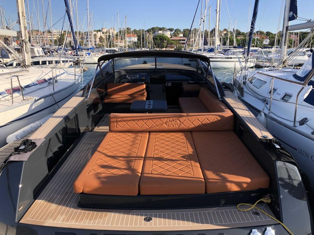 Boat rental Saint-Jean-Cap-Ferrat cheap VanDutch 40