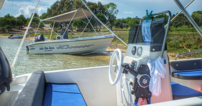 Rental Motorboat in Vourvourou - Thomas Tempest 450