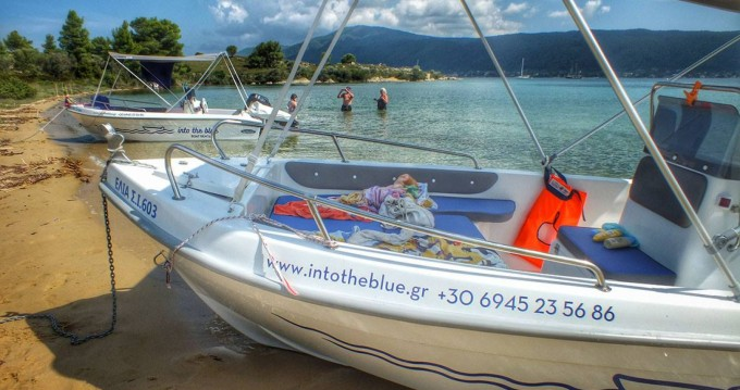 Rental yacht Vourvourou - Thomas Tempest 450 on SamBoat