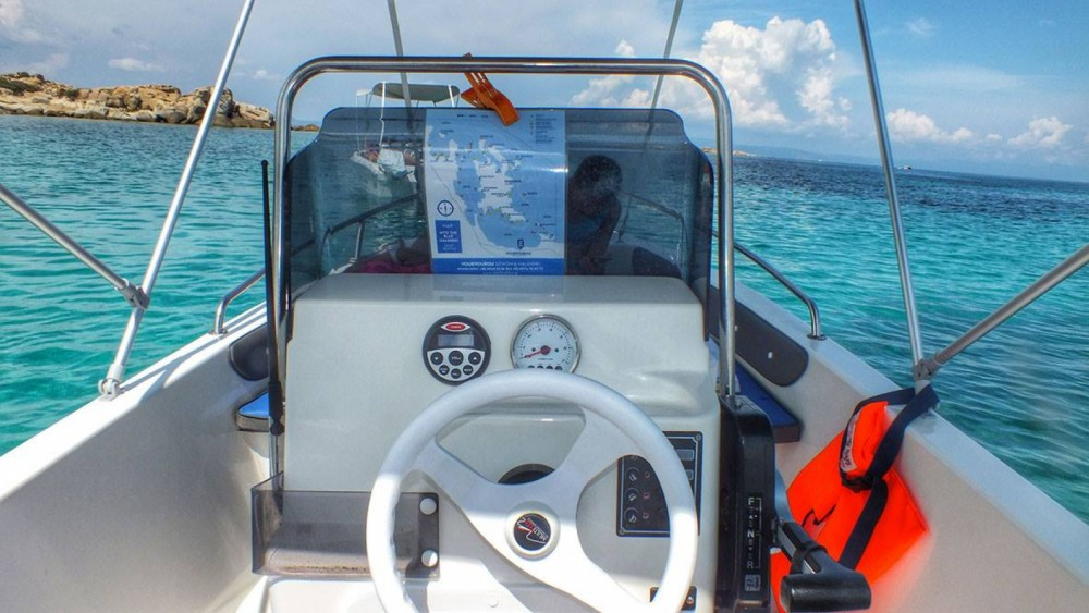 Hire Motorboat with or without skipper Thomas Vourvourou