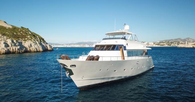 Rental yacht Saint Barthalemy - Mondomarine Mondomarine 82 on SamBoat