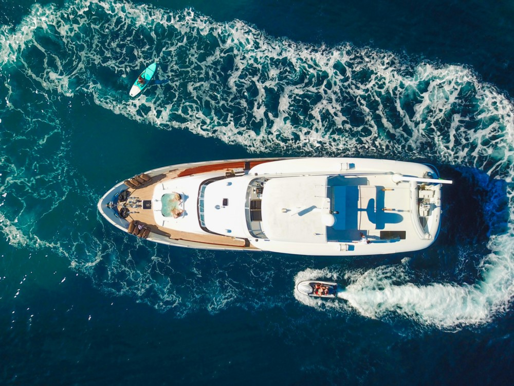 Trawler Yacht between personal and professional Marseille