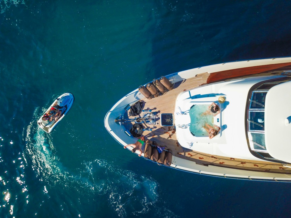 Yacht for rent Marseille at the best price