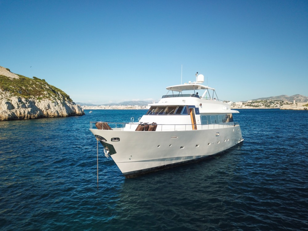 Boat rental Marseille cheap Yacht