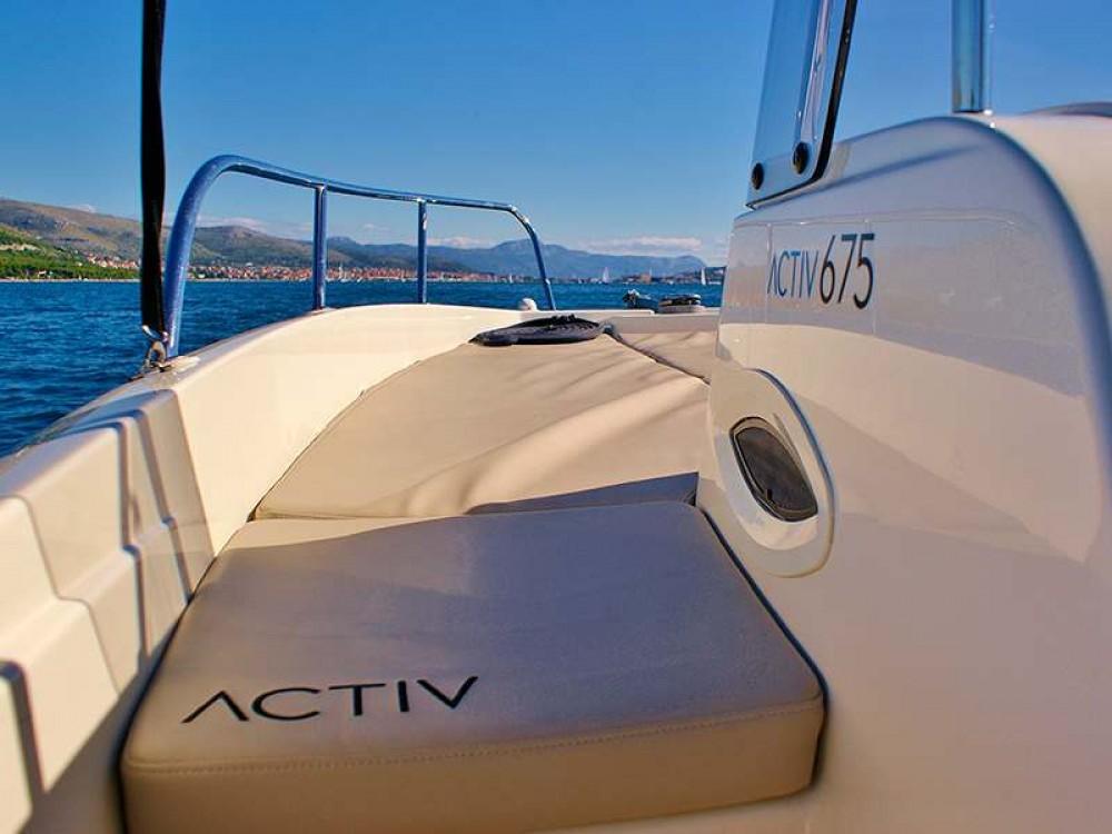 Motorboat for rent Posthudorra/Porto Torres at the best price