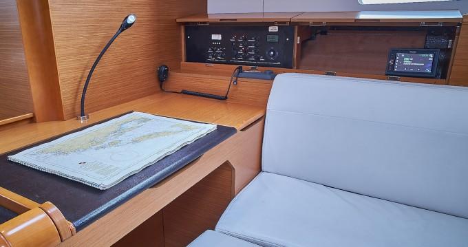 Jeanneau Sun Odyssey 519 - 5 cab. between personal and professional Croatia