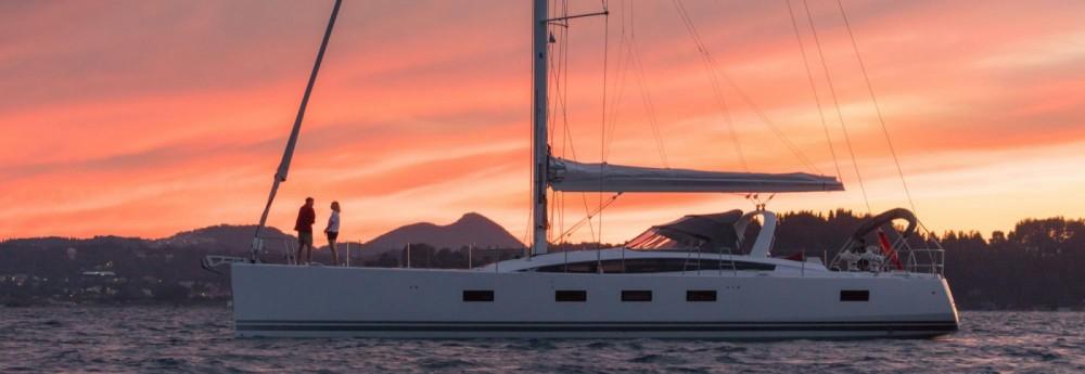 Boat rental Marseille cheap Jeanneau 64