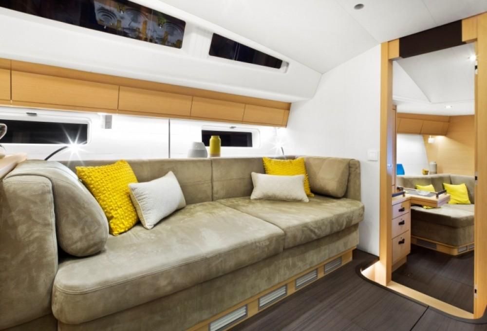 Rental yacht Marseille - Jeanneau Jeanneau 64 on SamBoat