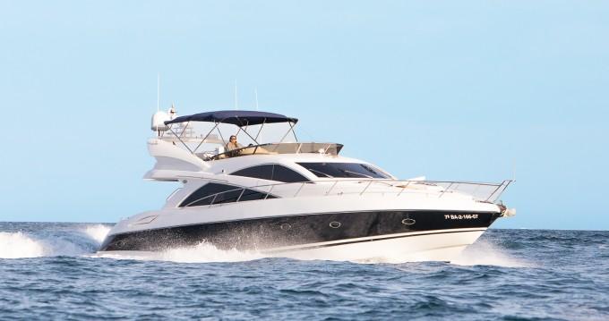Boat rental Sunseeker Manhattan 66 in Palma de Mallorca on Samboat