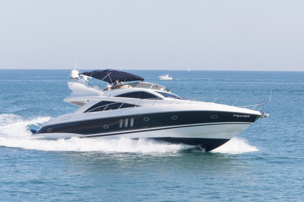 Rental yacht Palma - Sunseeker Manhattan 66 on SamBoat