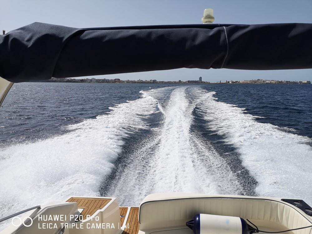 Rental Motorboat in Gallipoli - Mano Marine 28,50