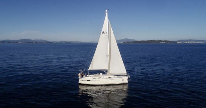 Hire Sailboat with or without skipper Bavaria Vilagarcía de Arousa