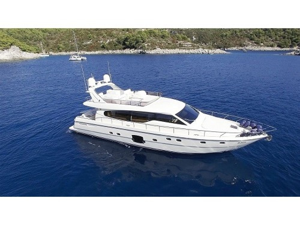 Hire Yacht with or without skipper Ferreti