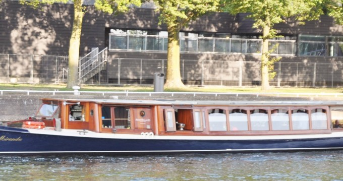 Aemstelland Salonboot between personal and professional Amsterdam