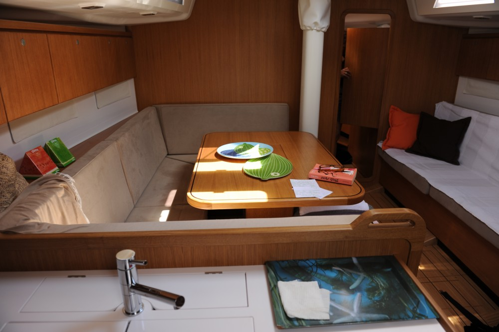 Rental Sailboat in Hyères - Grand Soleil Grand Soleil 46