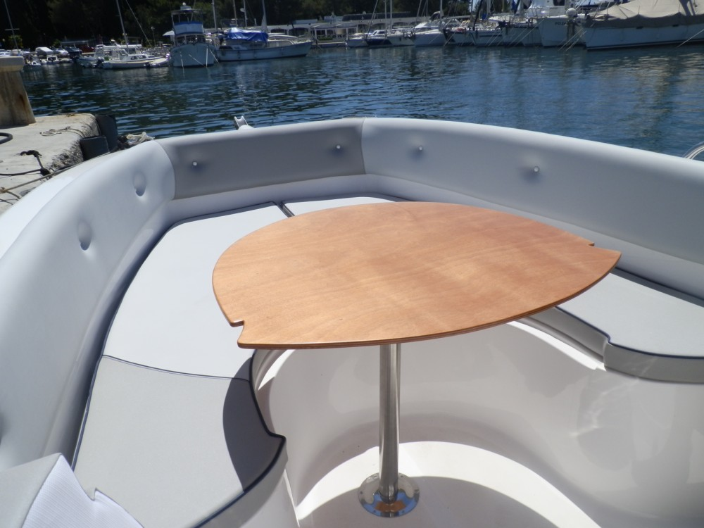 Hire Motorboat with or without skipper Salmeri Poreč