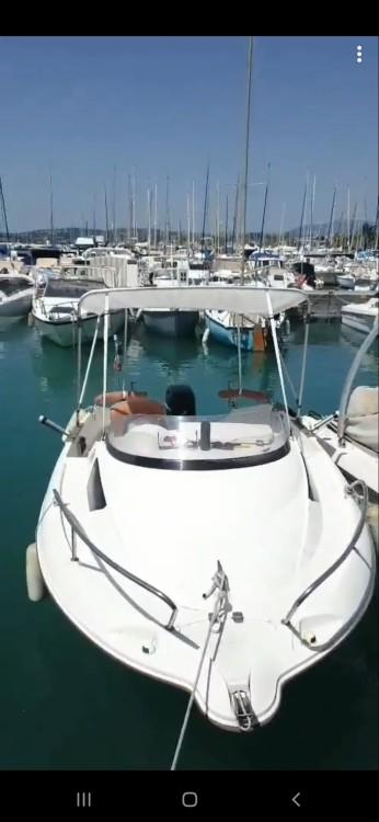 Rent a Quicksilver Quicksilver 470 Cruiser Saint-Laurent-du-Var