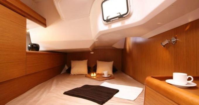 Boat rental Jeanneau Sun Odyssey 44i in Gouvia on Samboat