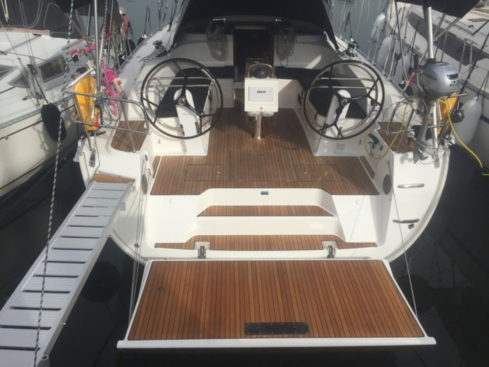 Boat rental Bavaria Bavaria 46 Cruiser in Skiathos on Samboat