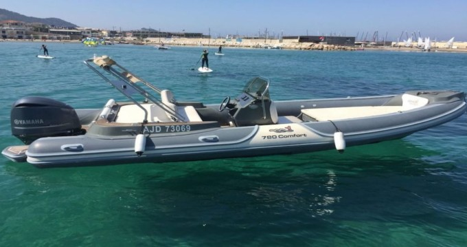 Rent a Motonautica-Vesuviana Perla Nera 780 Villeneuve-Loubet