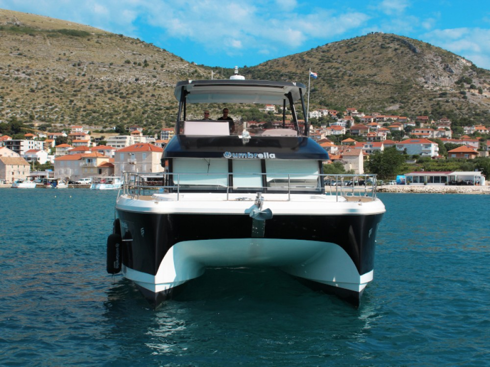 Rent a Fountaine Pajot My 44