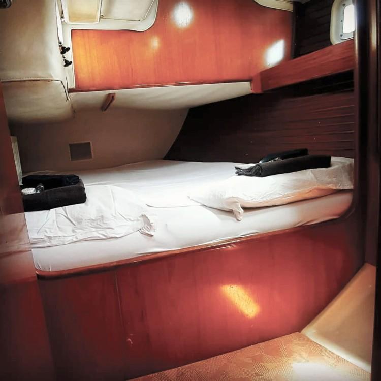 Rent a Bénéteau OCEANIS 500 Ibiza