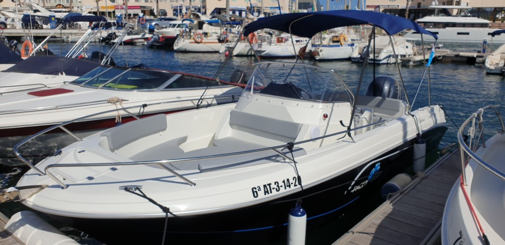 Rental yacht Alicante - Pacific Craft Pacific Craft 670 Open on SamBoat