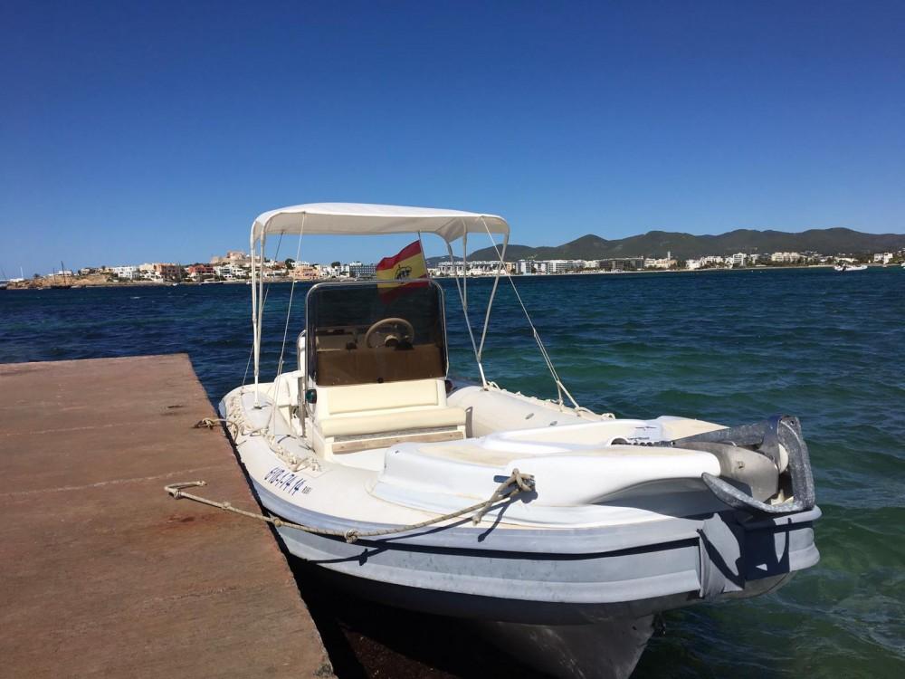 Boat rental Gommonautica G65y in Ibiza on Samboat