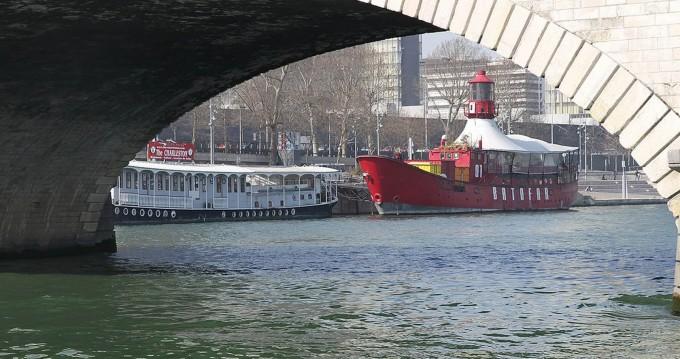 Boat rental Nicols 1350 in Draveil on Samboat