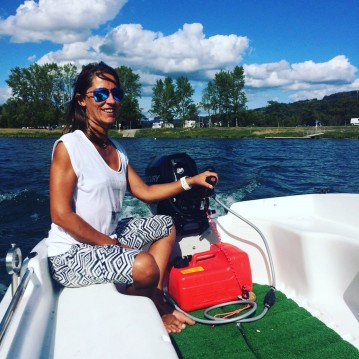 Hire Motorboat with or without skipper cap 360 Seyssel