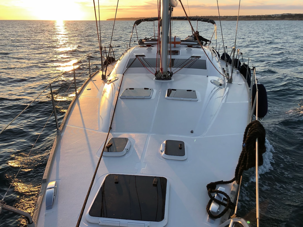 Hire Sailboat with or without skipper Elan Algarve