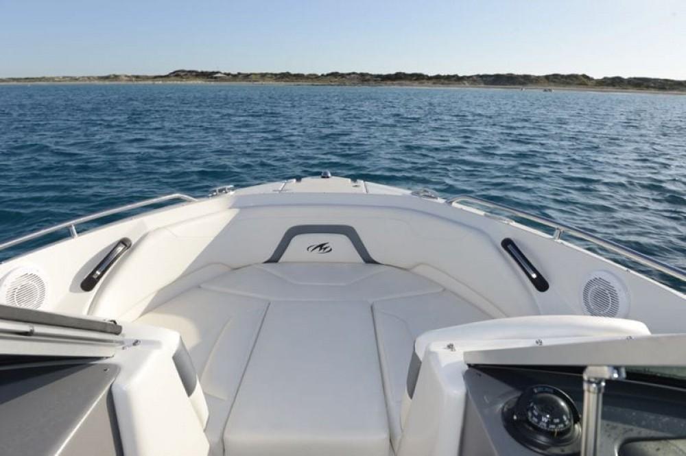 Rental yacht Maó - Monterey 224 FS on SamBoat