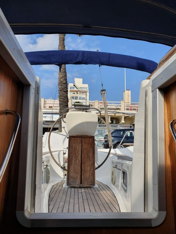 Hire Sailboat with or without skipper Bavaria el Masnou