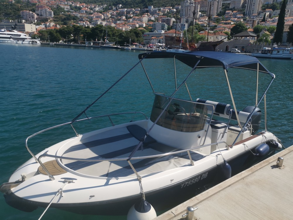 PRIMUS MARINE FISHER 20 FISHER 20 between personal and professional Dubrovnik