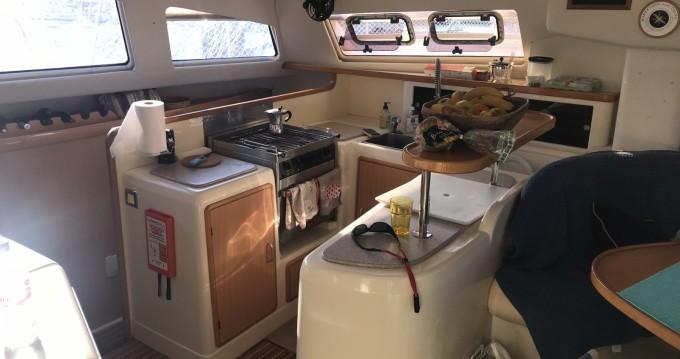 Boat rental La Rochelle cheap Leopard 47