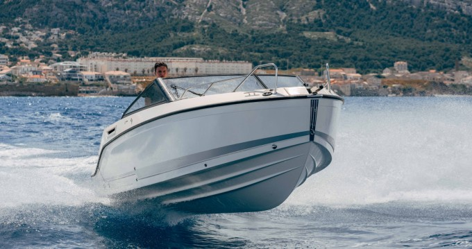 Rental yacht Pointe-Rouge - Quicksilver Activ 675 Bowrider on SamBoat