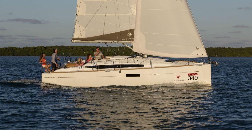 Boat rental Jeanneau Sun Odyssey 349 in Corfu on Samboat