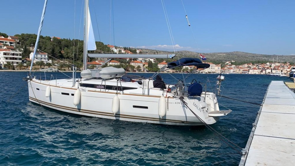 Rental yacht Croatie - Jeanneau Sun Odyssey 439 on SamBoat