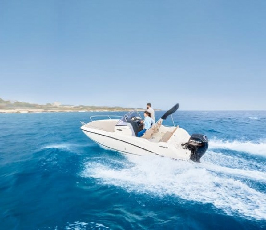 Hire Motorboat with or without skipper Quicksilver Maó