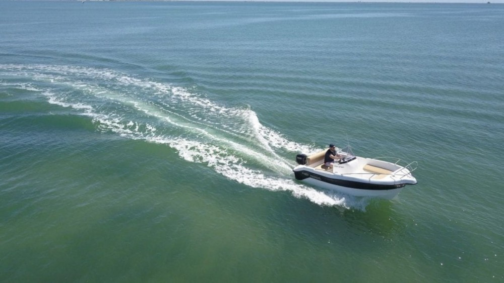 Hire Motorboat with or without skipper Mareti Maó