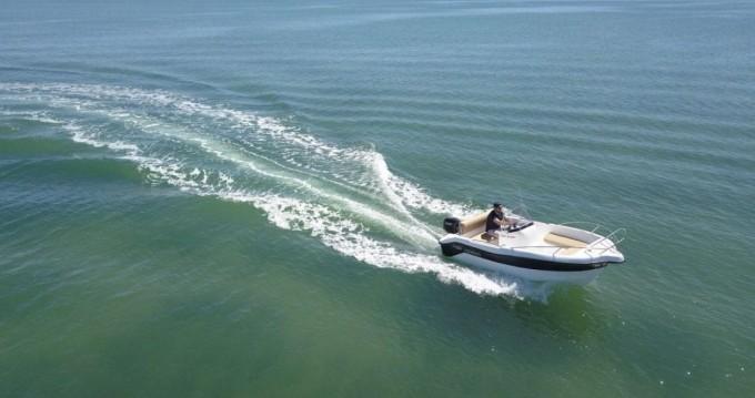 Boat rental Mahón cheap 450