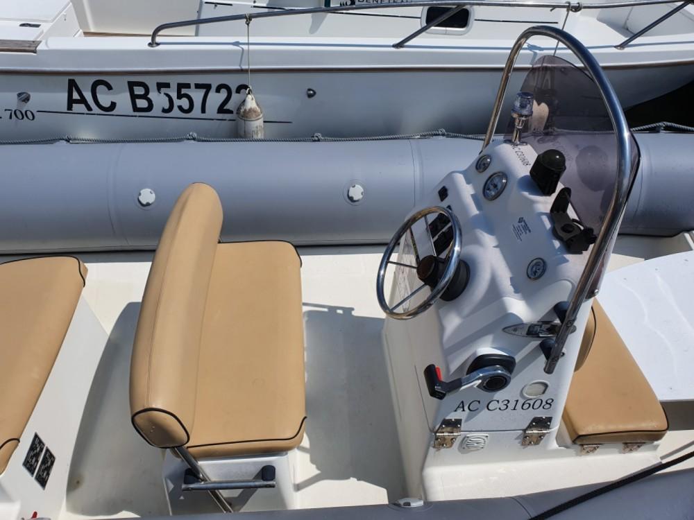 Boat rental Bombard SUNRIDER 6.5 in Lège-Cap-Ferret on Samboat