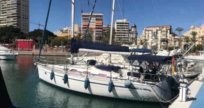 Rent a Bavaria Bavaria 40 Cruiser Alicante