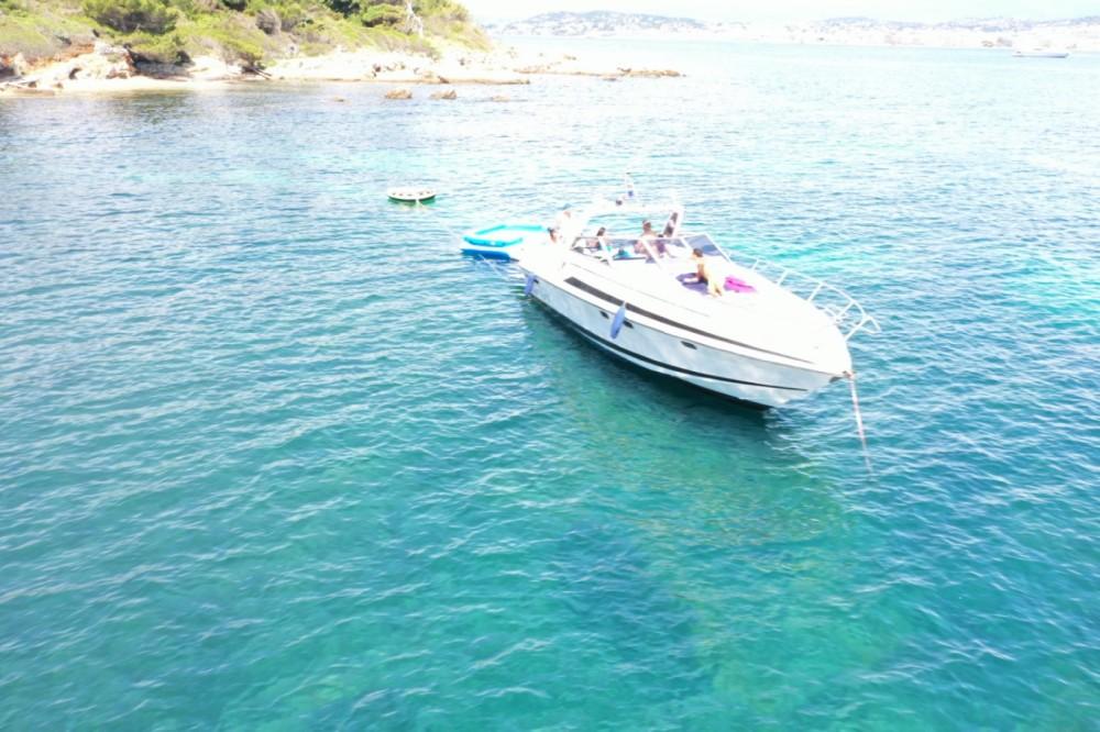 Rental yacht Cannes - Sunseeker san remo 33 on SamBoat