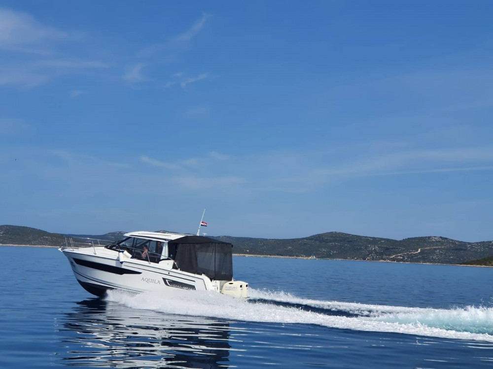 Hire Motorboat with or without skipper Jeanneau Croatia