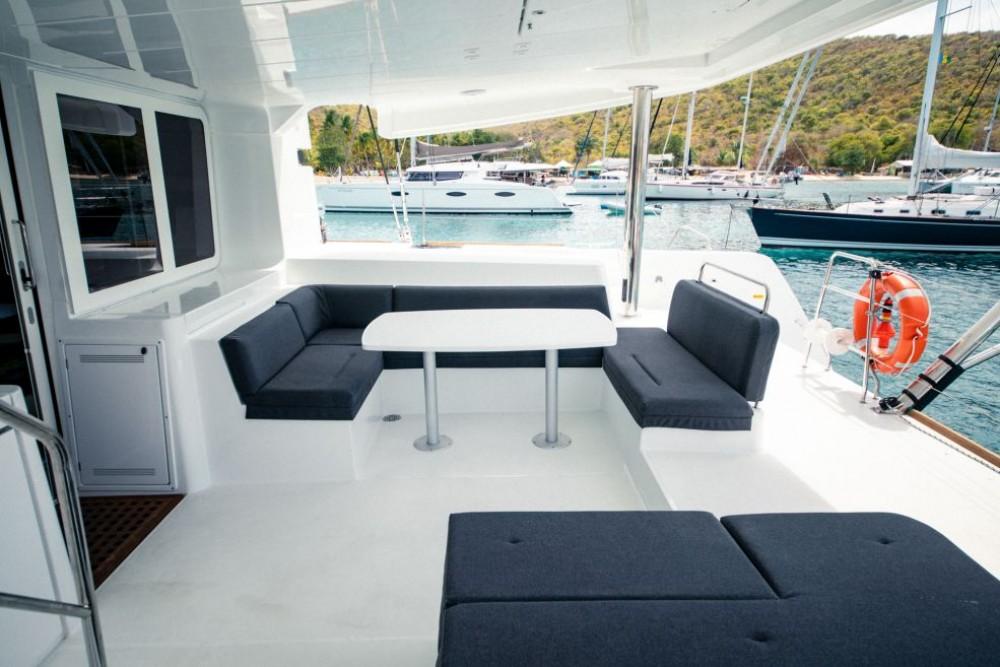 Boat rental La Spezia cheap Lagoon 52