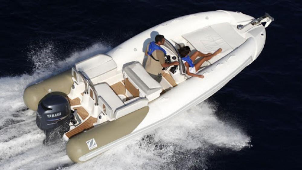 Boat rental Zodiac N-ZO 600 in Sari-Solenzara on Samboat