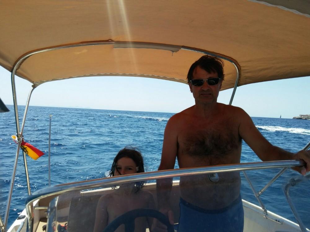 Rental yacht Ciutadella - Jeanneau Cap Camarat 515 on SamBoat