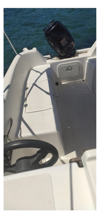 Rental Motorboat Ven with a permit