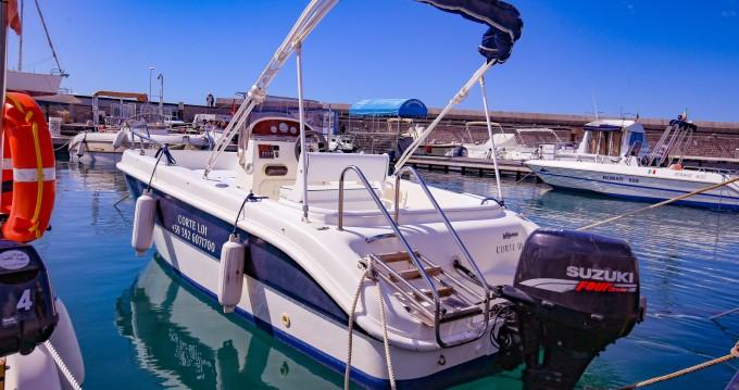 Boat rental tecnofiber almar 190 in Salerno on Samboat
